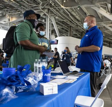 U.S. Job Growth Likely Picked Up in September