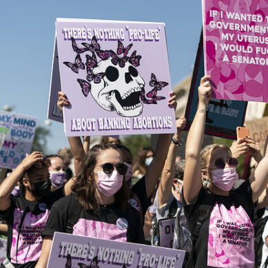 The Supreme Court Won't Halt Texas's Abortion Ban While The Justices Decide If Anyone Can Sue
